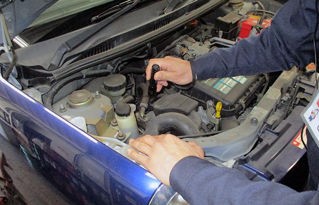 自社の指定工場で車をしっかりと車検整備!